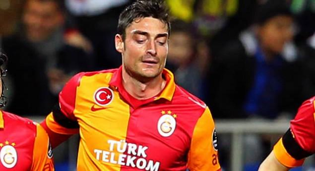 Riera'dan Fenerbahçelileri Kızdıracak Tweet!
